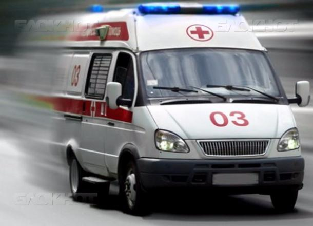 Водворе одной изшкол Кировского района скончался 17-летний ученик