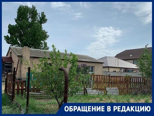 В сутки вода идет максимум час, - жительница поселка Разгуляевка Волгоградской области