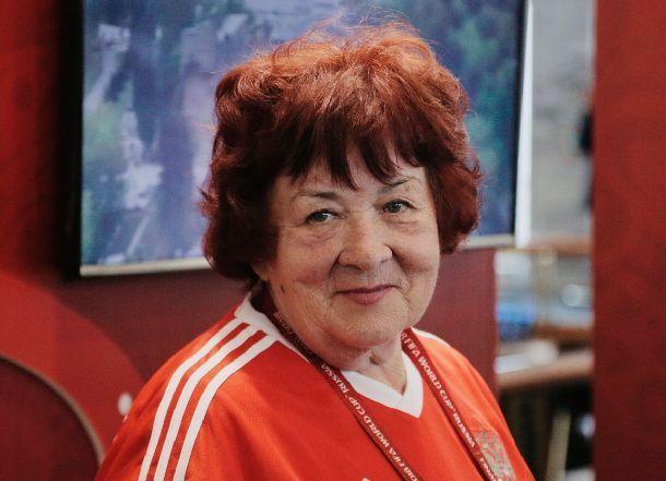За три недели сгорела от рака легендарный диктор Центрального стадиона Волгограда