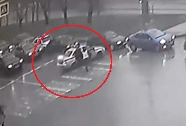 Погоня за 16-летним водителем ВАЗ-2108 в центре Волгограда попала на видео