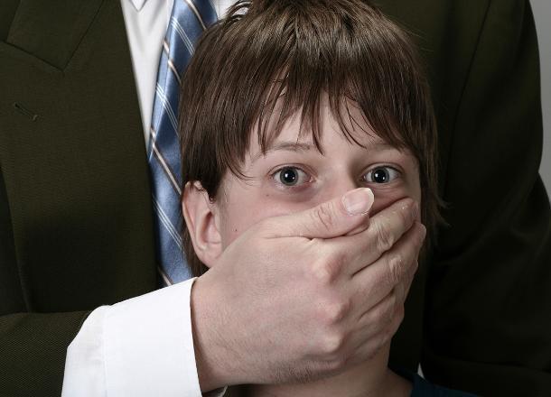 Граждан села под Волгоградом небудут подвергать наказанию засамосуд над педофилом
