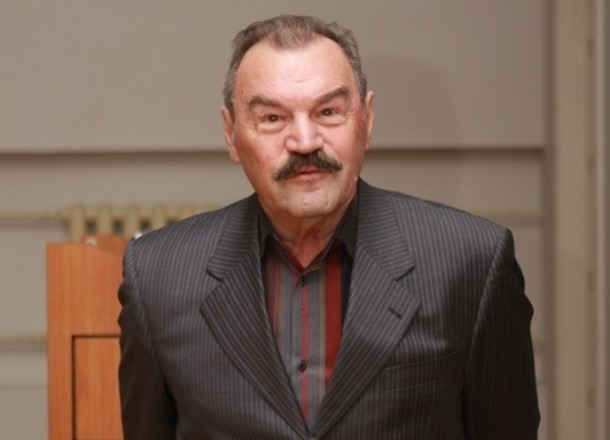 В Волгограде проходят похороны заслуженного артиста России Петра Зайченко
