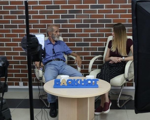 О повышении пенсионного возраста высказался самый танцующий пенсионер ЧМ-2018 из Волгограда