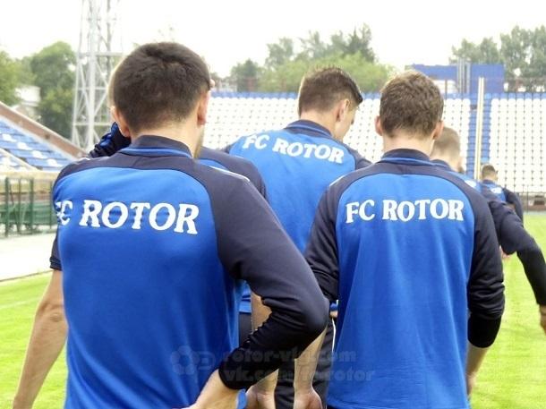После 7-часового перелета волгоградский «Ротор» настраивается на победу в Томске