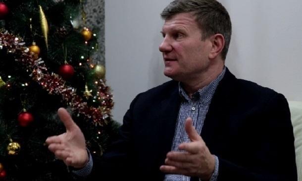 Из-за нехватки бюджета волгоградских учителей заставляют отказываться от части зарплаты, - Олег Савченко