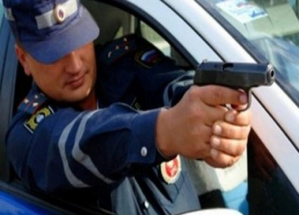 Навидео угодила погоня за нетрезвым волгоградцем, который хотел сбить инспектора ДПС