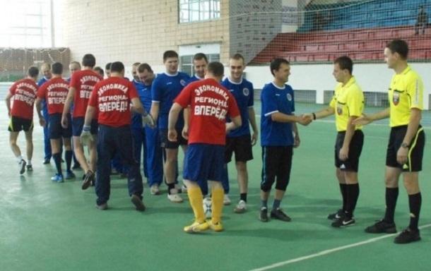 Волгоградские депутаты и чиновники администрации будут бегать и играть в футбол на спартакиаде для своих