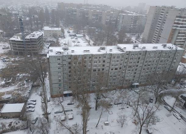 Жители волгоградской многоэтажки добились перерасчета огромных платежек ЖКХ за январь
