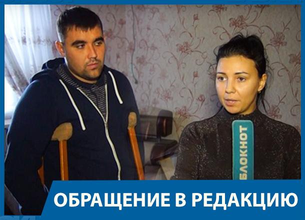 Во время обрушения потолка пострадала семья с ребенком: волгоградские власти бросили их без помощи