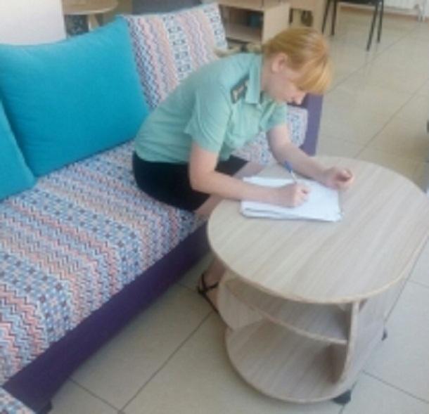 ВВолгограде предприниматель продала мебель, арестованную приставами
