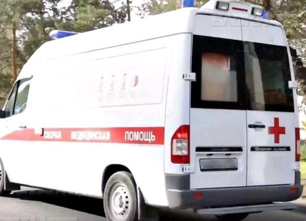 ВВолгограде под колеса грузового автомобиля угодила 88-летняя женщина