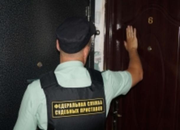 В Волгограде соседи сдали приставам должника по алиментам