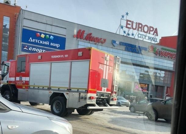 В Волгограде эвакуировали посетителей ТРК «Парк Хаус», «Европа», «7 звезд» и Premier Bulding