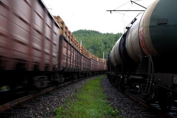 Пьяный волгоградец угрожал «базукой» движущемуся поезду в Астраханской области