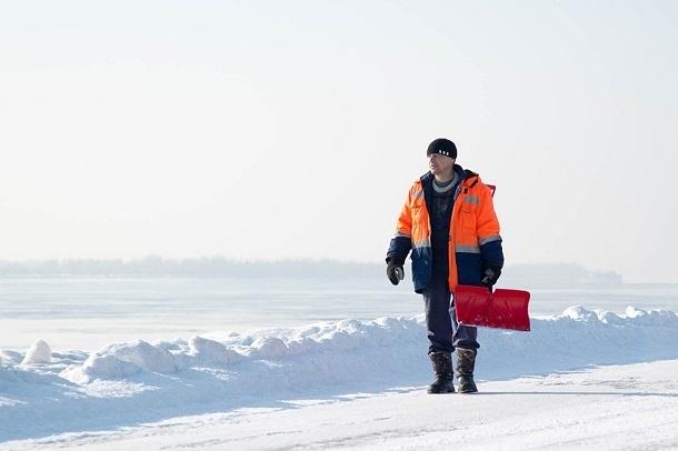 В Волгограде самая дешевая уборка снега среди городов России