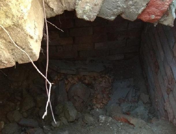 Вцентре Волгограда рабочие наткнулись настаринное захоронение