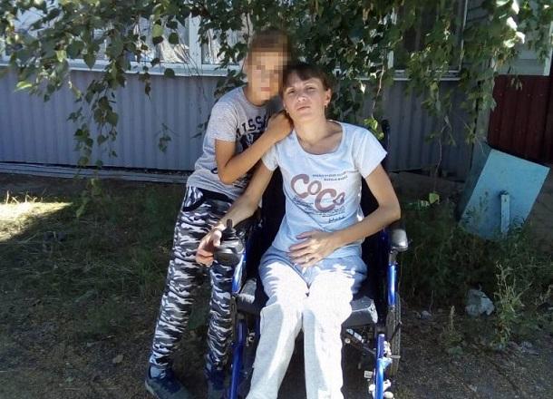 Женщине-инвалиду с сыном на руках выделили полуразвалившееся жилье под Волгоградом