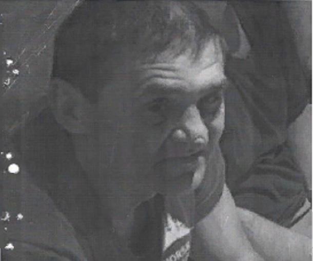 54-летний беззубый мужчина со шрамом на носу бесследно исчез в Волгограде