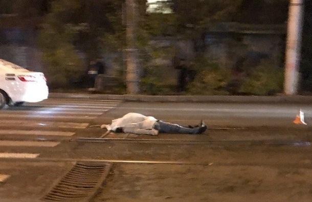 Лихач на Опель Insignia насмерть сбил 36-летнего мужчину наюге Волгограда