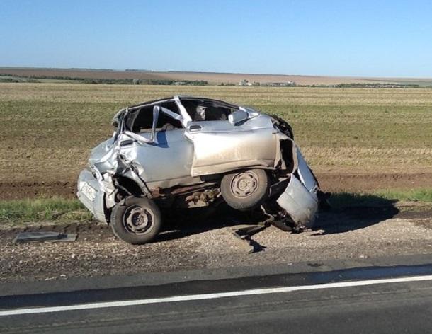 Страшную аварию из шести машин устроил водитель фуры в Волгоградской области