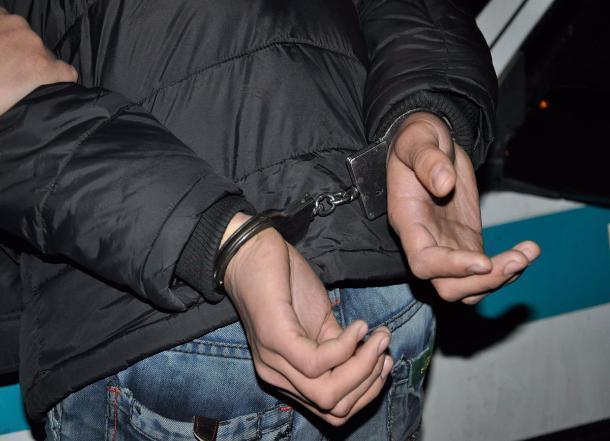 Гражданин  Урюпинска вымогал сознакомой деньги занеразглашение еесемейной тайны