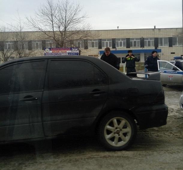 Пьяный водитель не смог проехать через Кировский район Волгограда