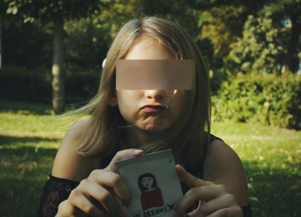 Подружка-свидетель падения с крыши семиклассницы три раза меняла показания о трагедии в Волгограде