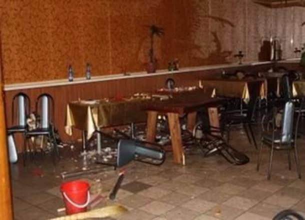 Схвачен мужчина расстрелявший охранников пиццерии, которые выгнали его заприставания кофициантке