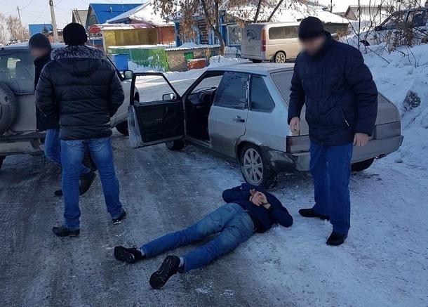 Супруги привлекли своих детей к семейному наркобизнесу в Волгограде