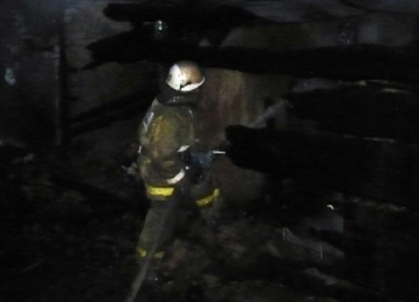 Kia Sportage  сгорел дотла на западе Волгограда