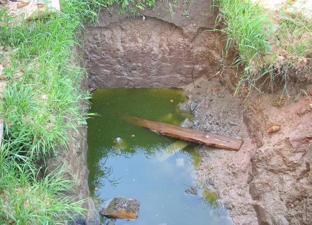 ВСветлоярском районе двухлетняя девочка утонула вяме насельхозполе