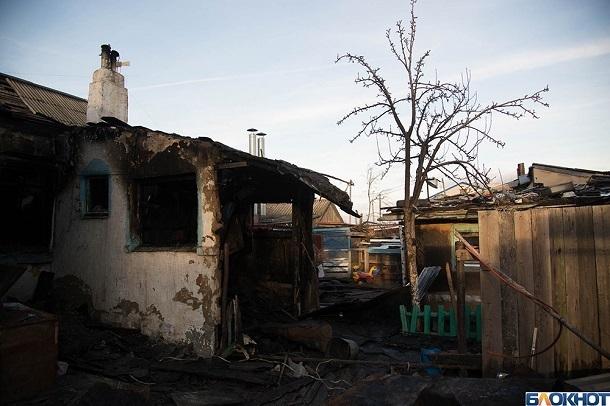 Тело женщины обнаружено на пепелище частного дома в Волгоградской области