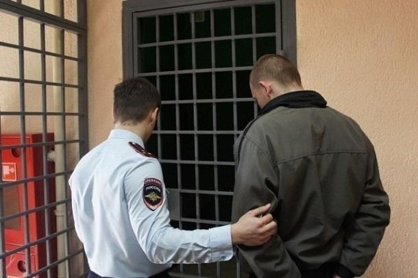 Оштрафован должник, подкупивший пристава вВолгоградской области