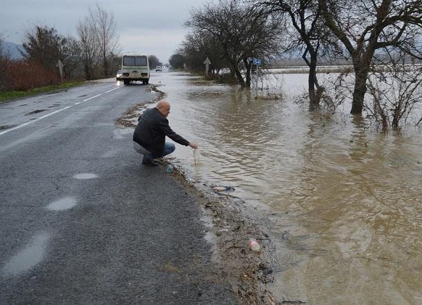 Резкое таяние снега грозит потопом в Иловлинском районе