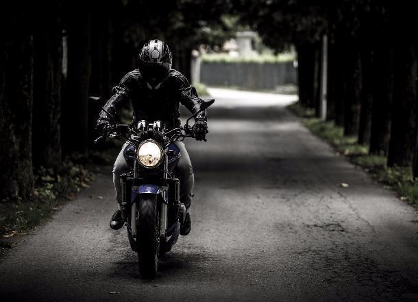ВВолжском разбился мотоциклист