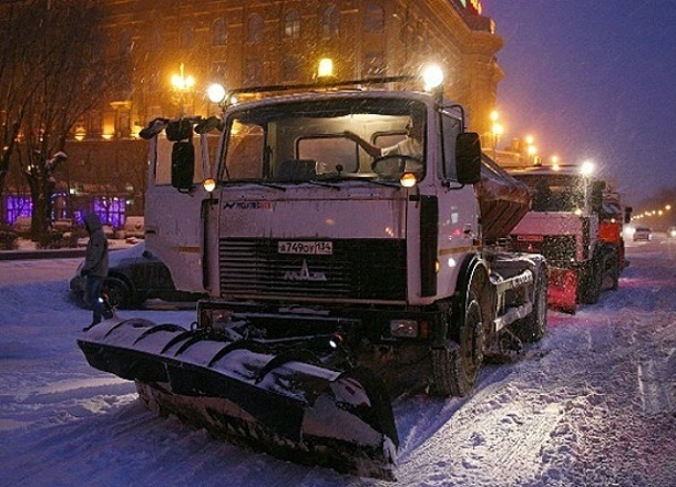 Полмиллиона рублей потратят власти на уборку снега в Волгограде