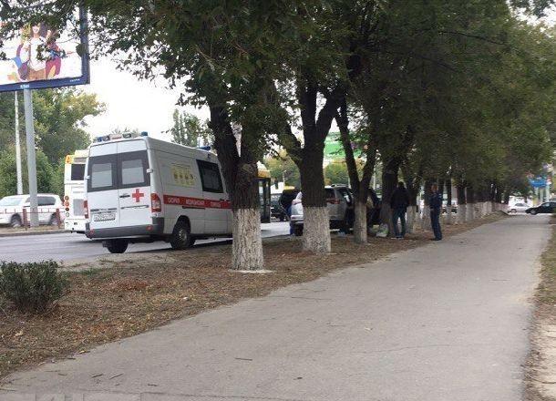 Пенсионерка скончалась на руках у зятя-медика на юге Волгограда