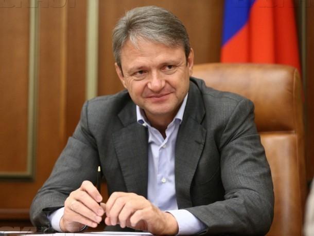 Руководитель Минсельхоза Александр Ткачев прибыл вВолгоград