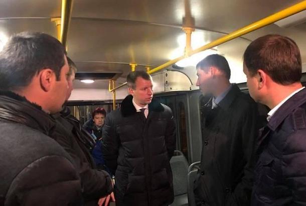 Депутатам Волгоградской гордумы пришлось поехать на трамвае