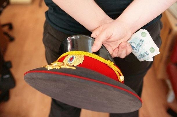 Участковый полиции «развел» жителей Волгоградской области на 3,5 млн рублей