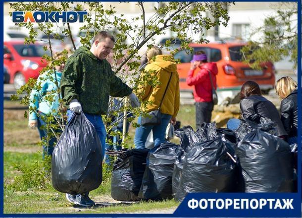 Фотограф из Волгограда попал на традиционный субботник