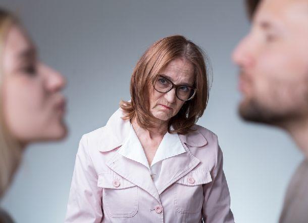 Волгоградка отомстила бывшей жене сына публикацией интимных фото