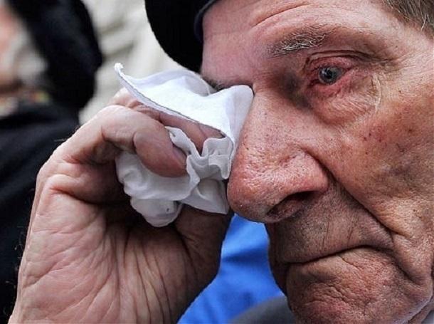 Волгоградка втерлась в доверие к 90-летнему ветерану и продала его квартиру своему сыну