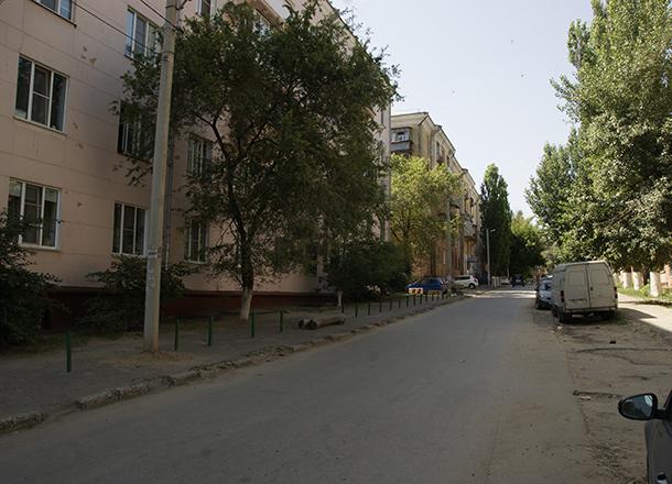 Тело женщины нашли в приямке дома в Ворошиловском районе