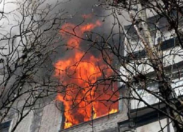 Курильщик чуть неотправил натот свет соседей помногоэтажке вВолжском