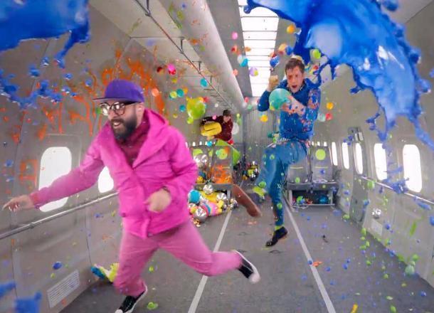 Снятый вневесомости русский клип номинировали на«Грэмми»