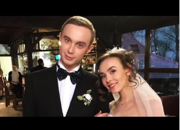 Актриса сериала «Универ» представила волгоградцам своего «жениха на прокат»