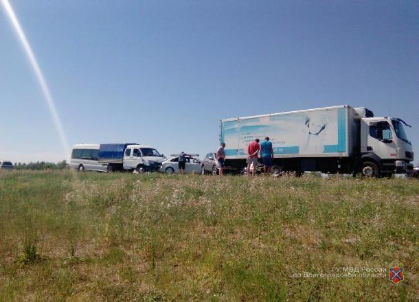 Гражданин Астраханской области устроил наволгоградской трассе массовое ДТП
