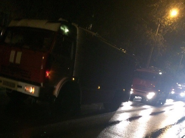 Насевере Волгограда 30 человек эвакуировали изобщежития из-за пожара