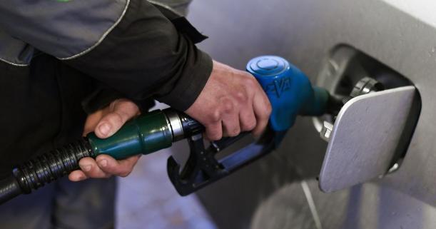 Волгоградские чиновники не спешат защитить жителей от роста цен на бензин